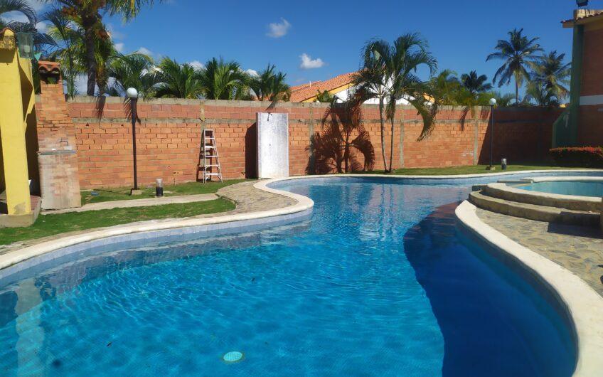 TOWN HOUSE EN CIUDAD FLAMINGO EDO FALCON. CONJUNTO RESIDENCIAL VILLA CRISTINA I